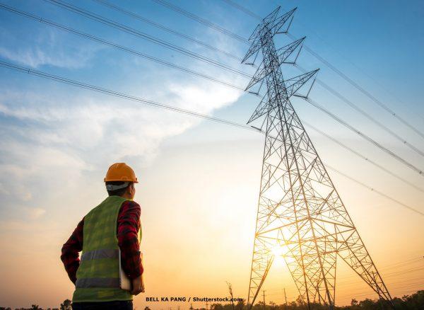 engenheiro-e-energia-eletricaCOMCREDITO-shutterstock_1709519806Por BELL KA PANG