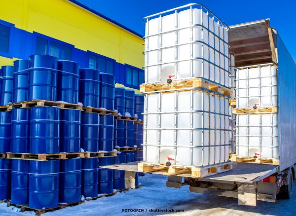 Discharge,Of,Plastic,Barrels.,Barrels,For,The,Chemical,Industry.,Blue